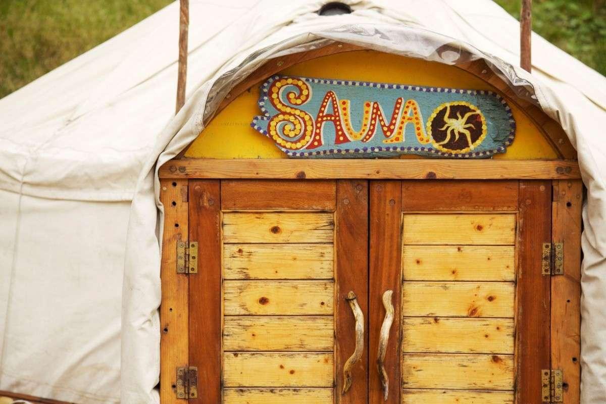 sauna-door 1200x798